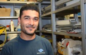 Kassem ist seit 2016 Auszubildender Elektroniker für Energie- und Gebäudetechnik.