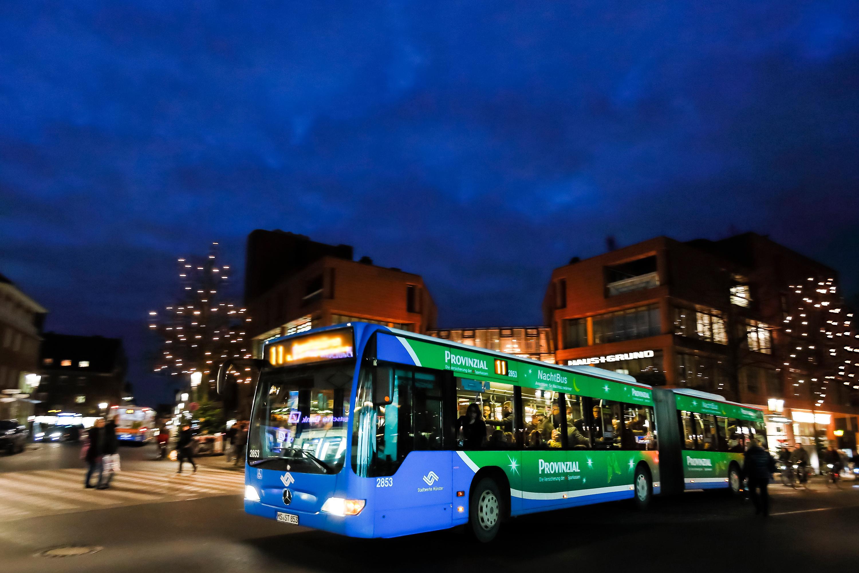Trotz Umleitungen Mit Dem Bus Zum Weihnachtsmarkt